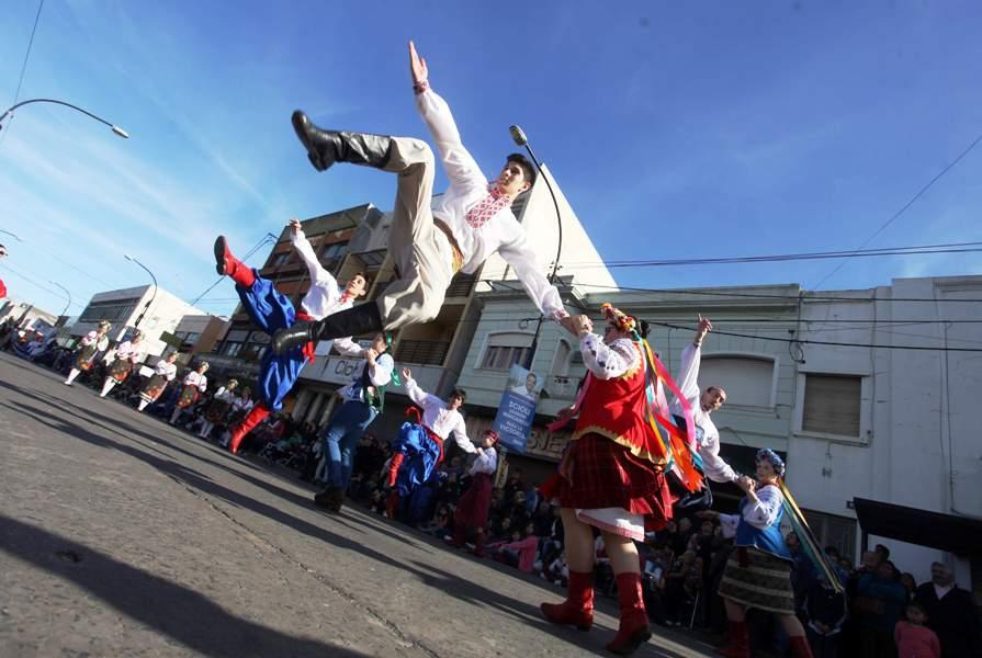 Eleccion de la reina del Inmigrante en Berisso // Foto Seba Casali